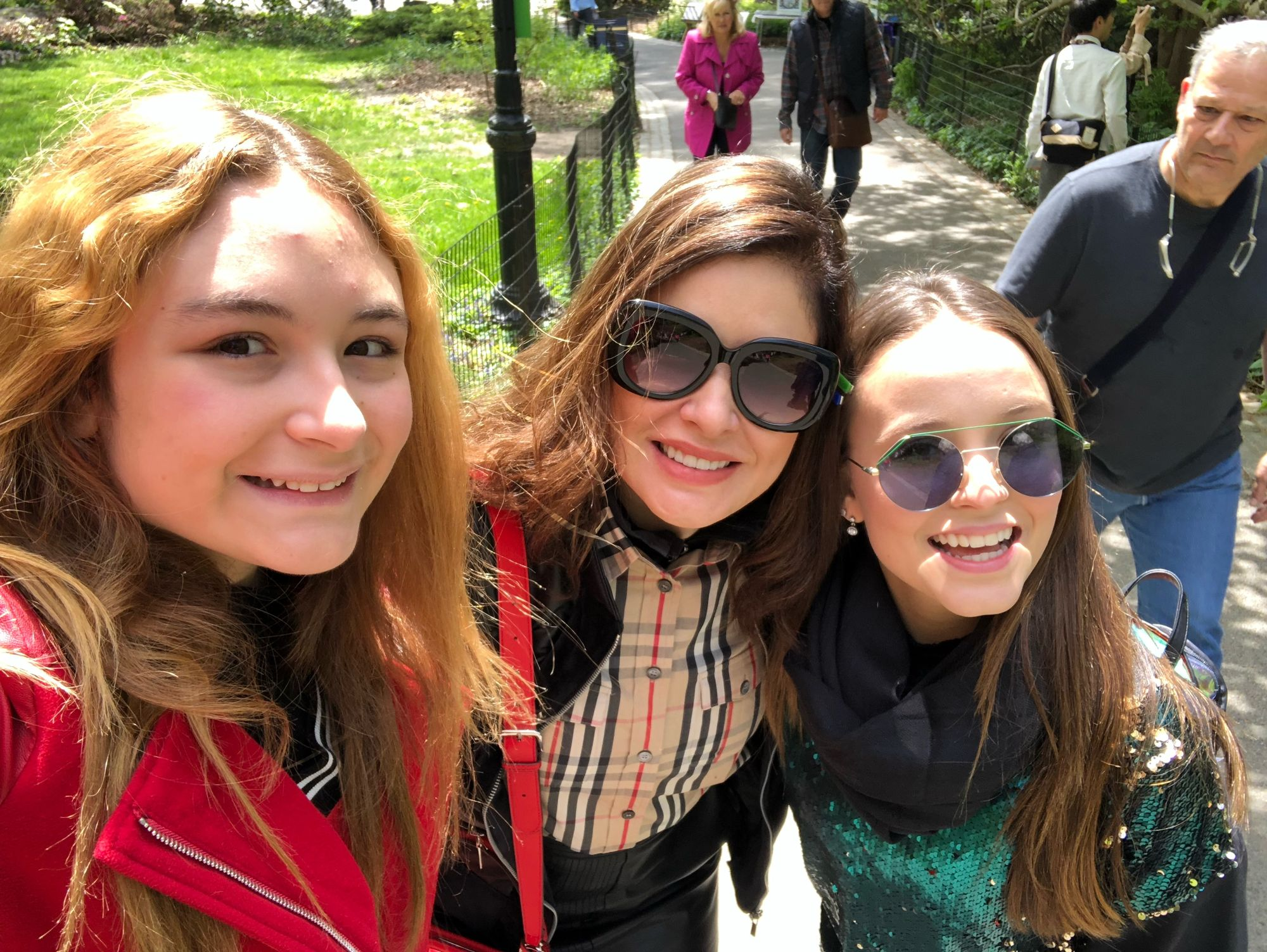 Sophia Volpe, Dra.Kátia Volpe e Larissa Manoela